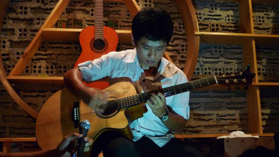 khóa học guitar đệm hát nâng cao ở tphcm 3.jpg