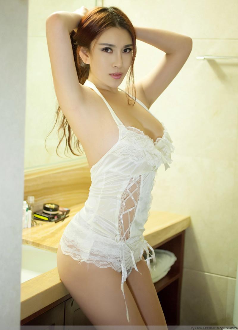 loat-anh-nude-cua-hot-girl-cuc-xinh-h14.jpg