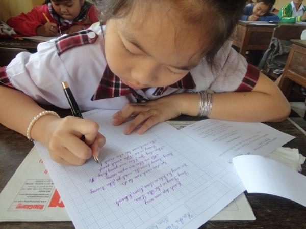 luyện chữ đẹp tân bình.jpg