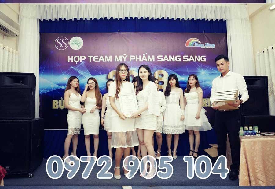 Lễ Trao giải cho Bao Ngọc với Mỹ Phẩm Sang Sang - SĐT: 0972905104
